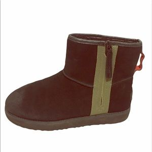 UGG MEN WATERPROOF ANKLE BOOT
